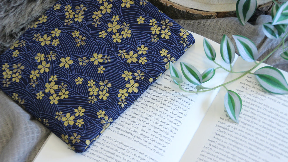 Waves and Gold Flowers Booksleeve