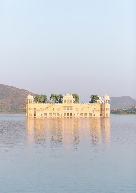 Jal Mahal Palace. Jaipur, India.