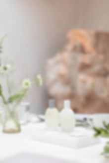 Bamford Brompton Cross neutral green foliage and white flowers tablescape with fragrance