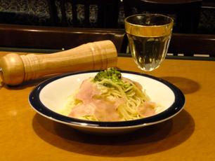 【新メニュー】生ハムとブロッコリーのカチョ・エ・ペペ ¥1,000
