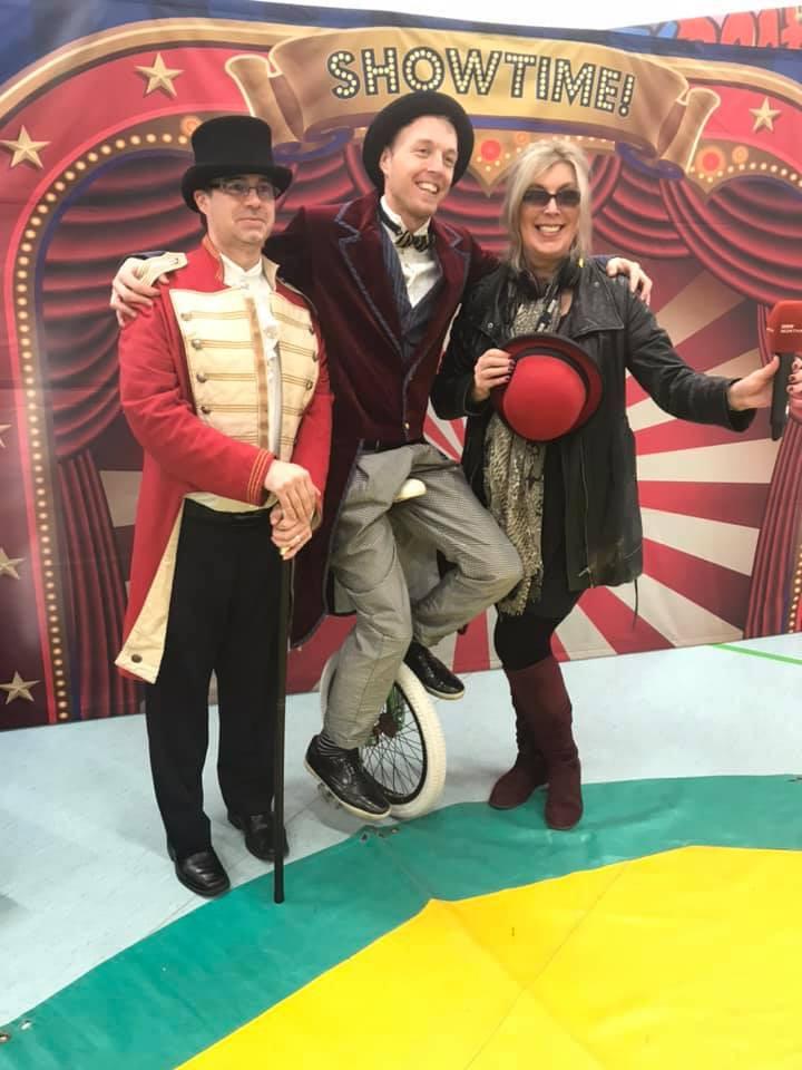 Circus skills workshop with BBC Radio Northampton