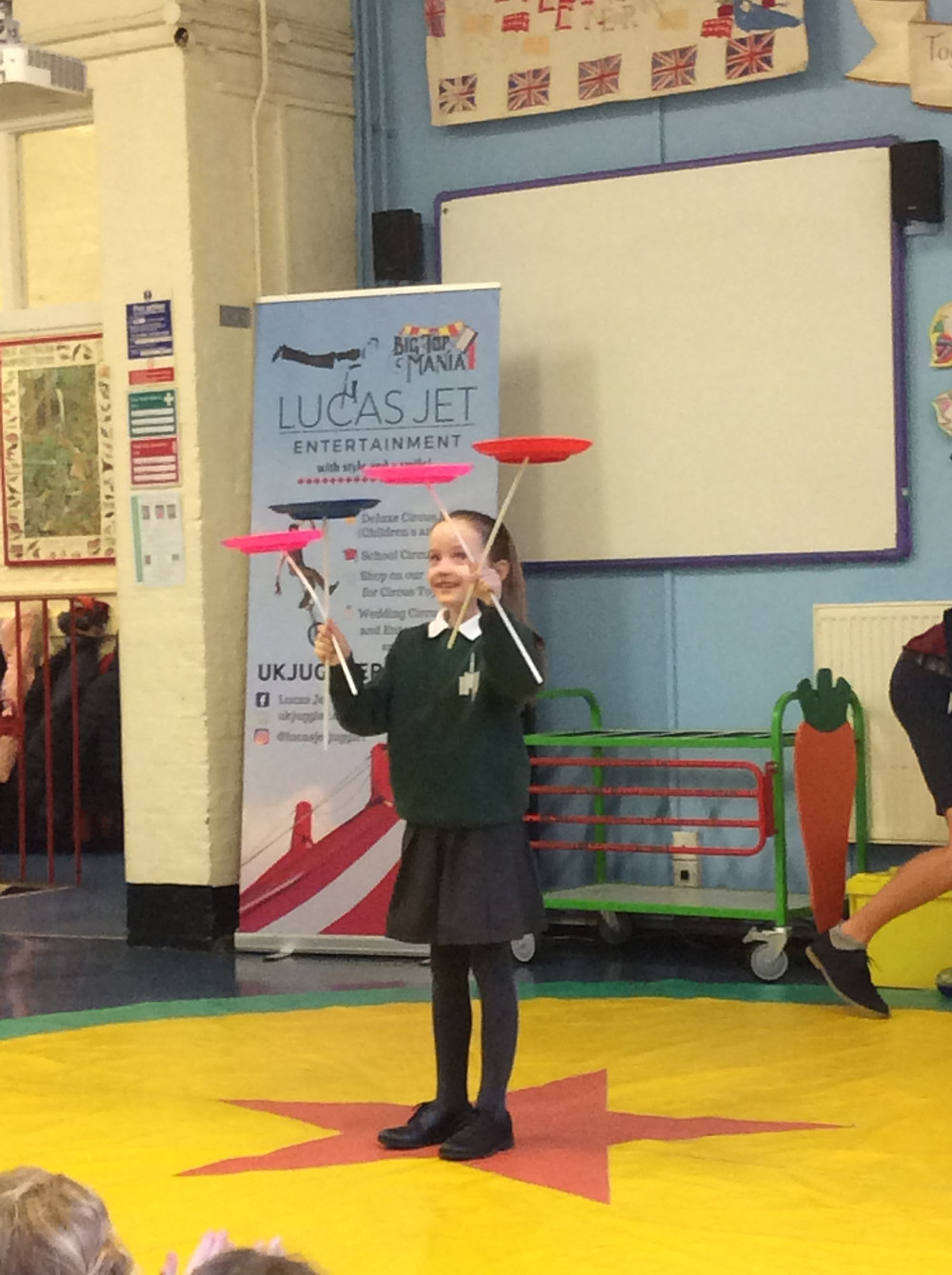 circus performer for primary school visit
