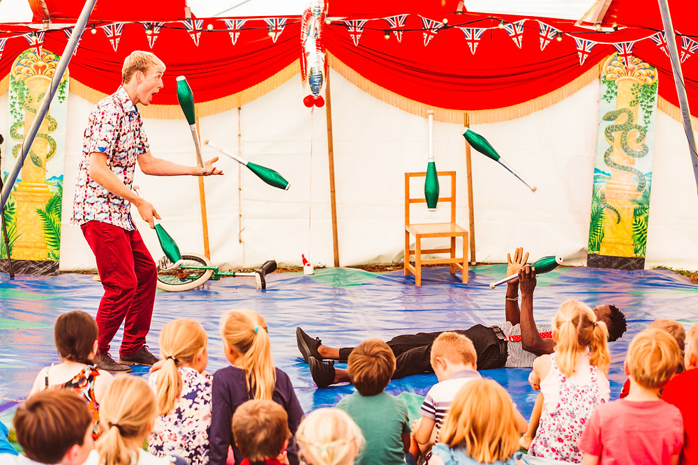 jugglers for circus kids party