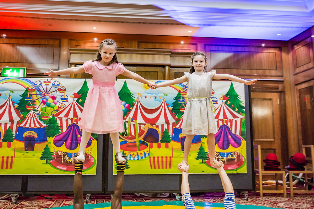 circus children's party entertainers