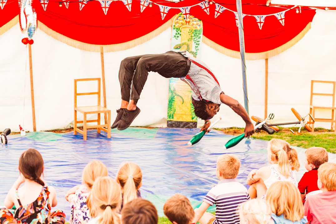 circus acrobat for children party