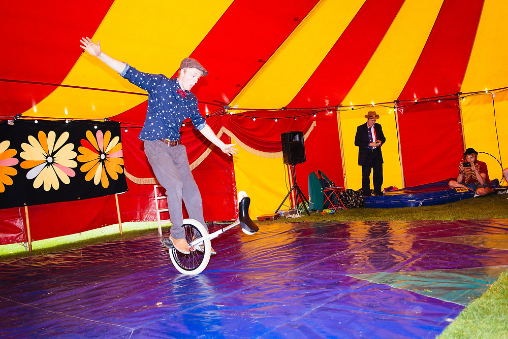 book a unicyclist for entertainment