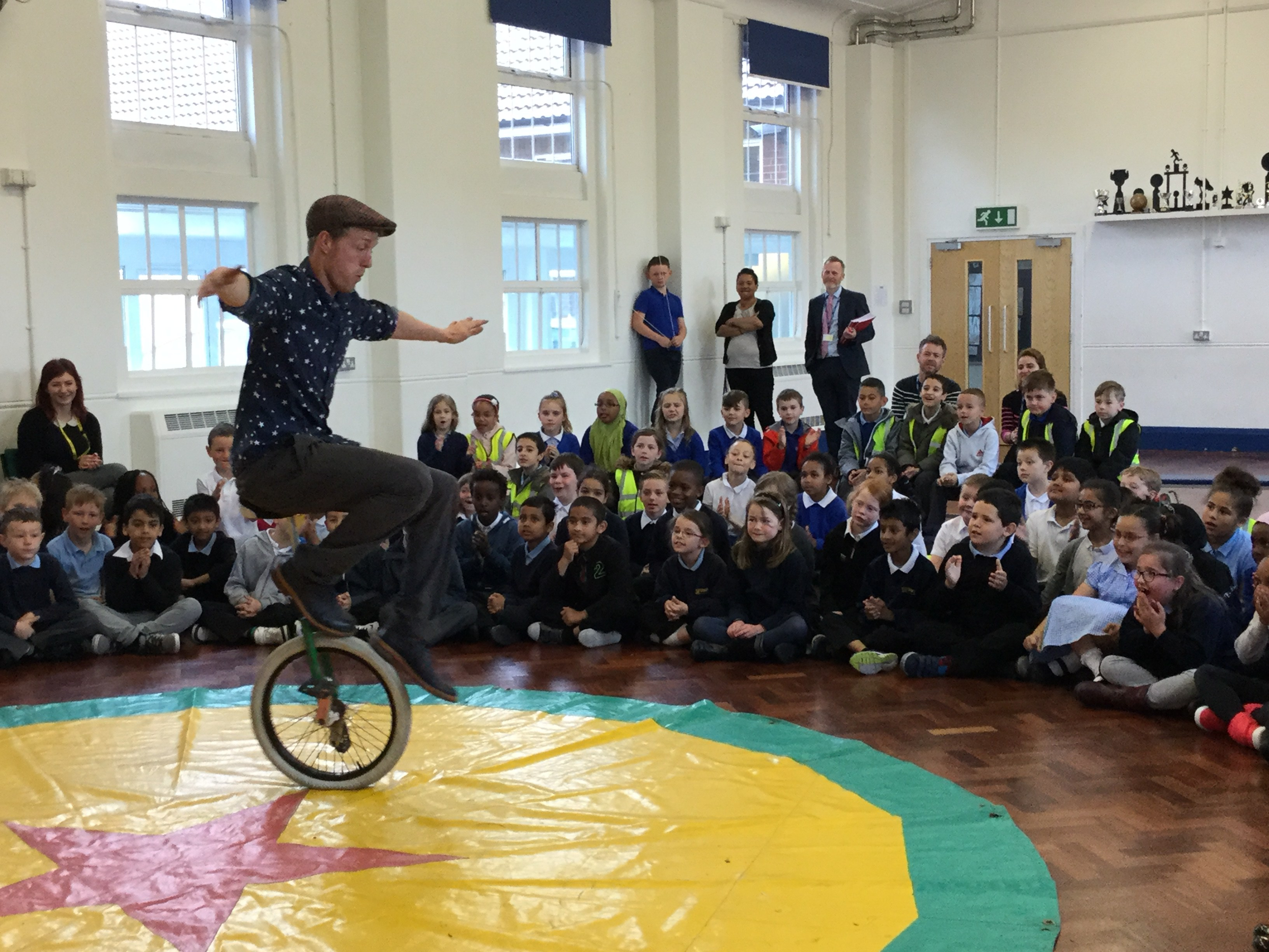 4 x British Champion Unicyclist