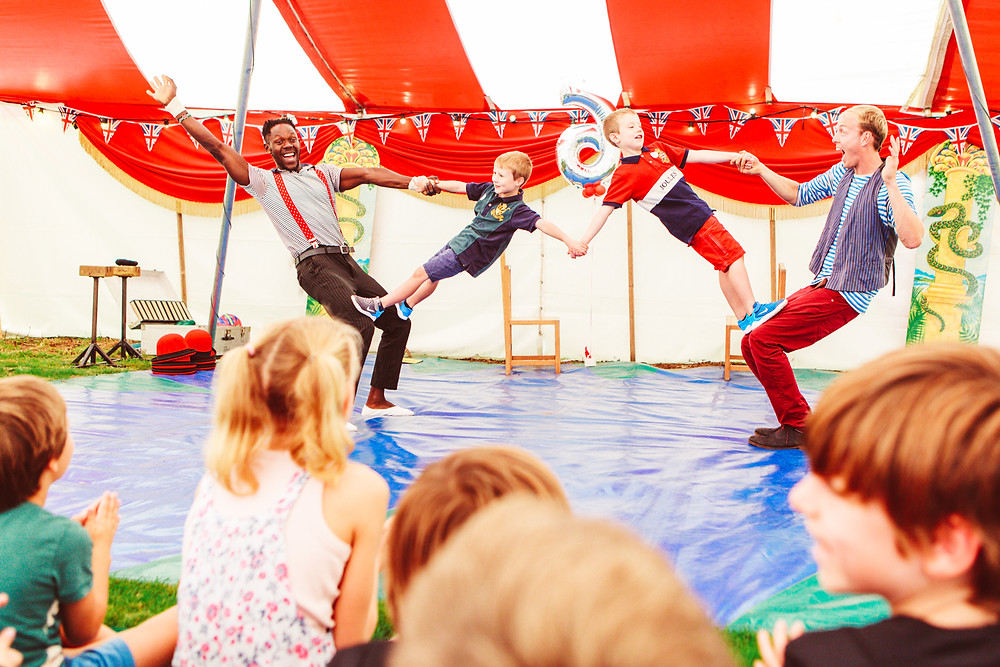 circus party kids entertainment