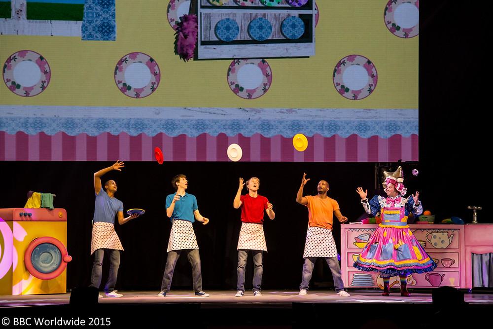 kitchen jugglers