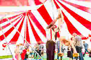 acrobatic children's entertainers