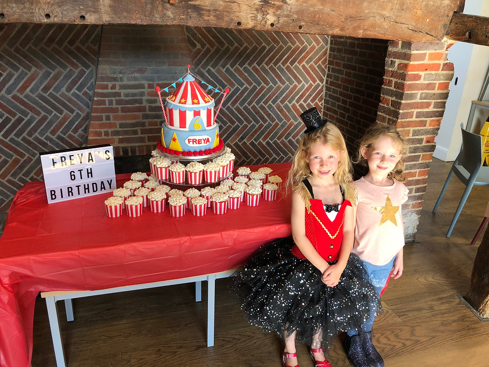 Incredible circus party cakes