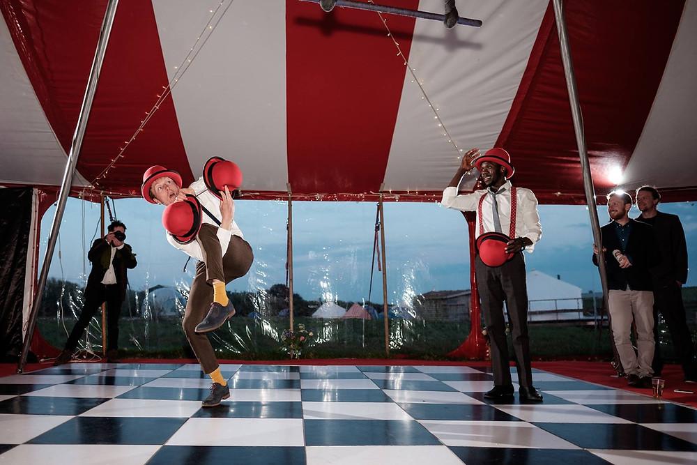 Hat Juggling Circus performers