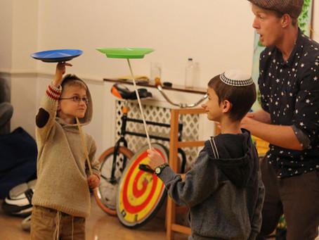 Jewish Purim Circus Entertainment