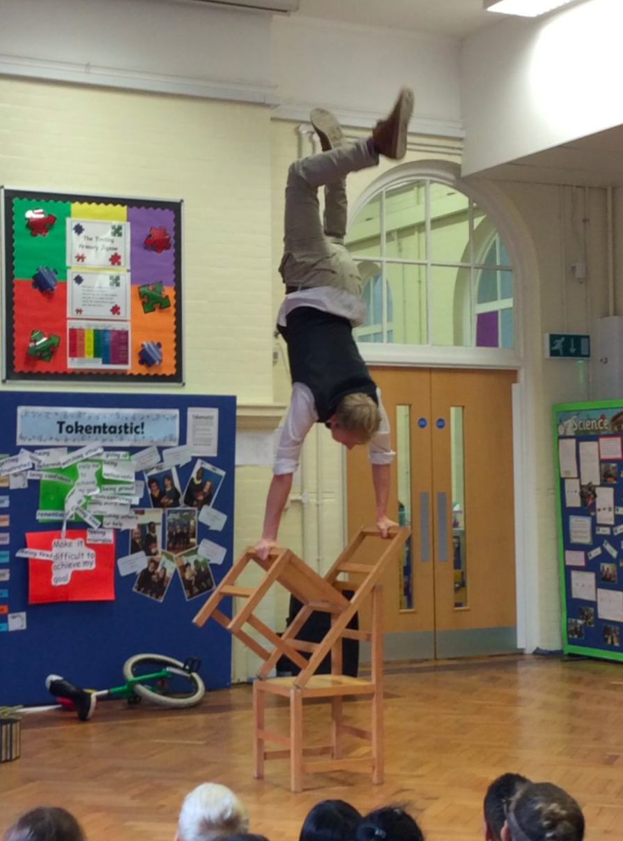 circus performer for primary schools