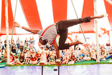 acrobat for kids party