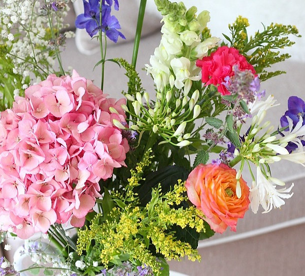 Bouquet of the week - The May the merrier