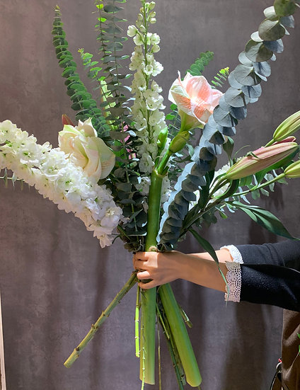 Bouquet of the week - Embrace winter in Hong Kong