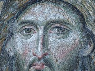אֵיךְ נִקְרָא צִיּוּר הַמֻּרְכָּב מֵאֲבָנִים קְטַנְטַנּוֹת?