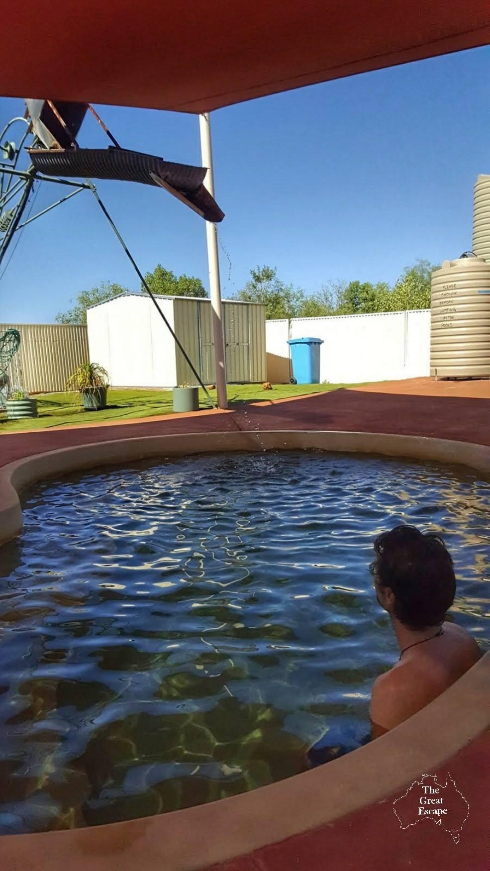 Yowah hot bore baths