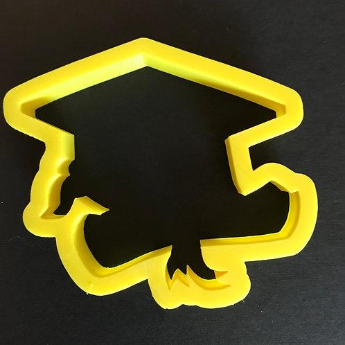 Grad cap/diploma cutter