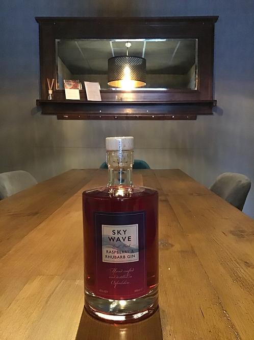 Raspberry & Rhubarb gin. Small batch. Oxfordshire. 42% 500ml