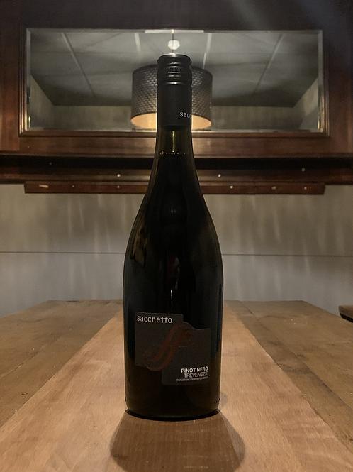 Pinot Nero, Sacchetto