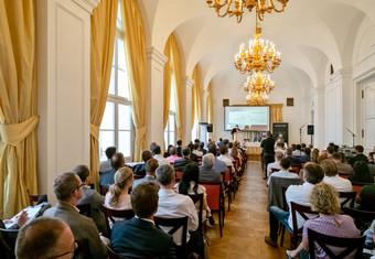 ARCHINOA_Symposium_Palais_Couburg_180611_©apolt_03.jpg