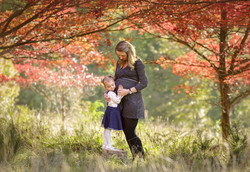 beautiful autumn maternity photo