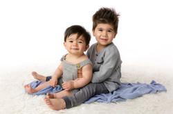 baby sibling photo