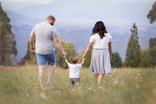 Family Outdoor (sunset) Photography Booking. Location 90 min | $150 Gift Credit