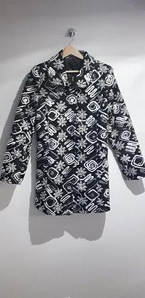 Manteau noir et gris