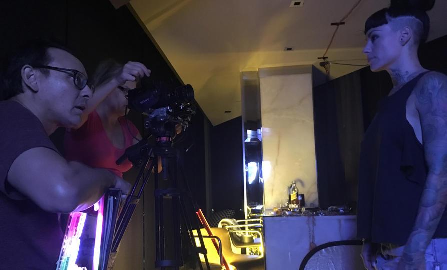 DARK LIGHTS - Team at Work