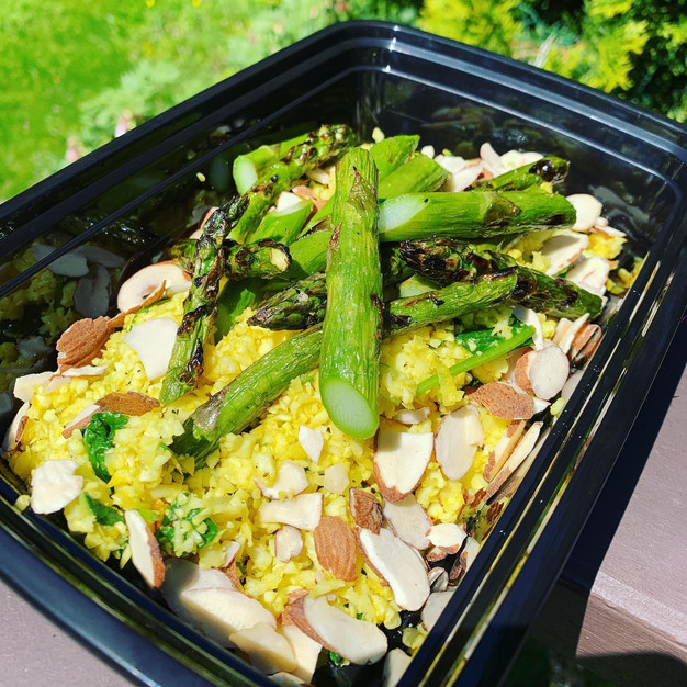 Saffron cauiliflower 'rice' with grilled asparagus