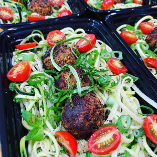 Zucchini linguine with tempeh meatballs