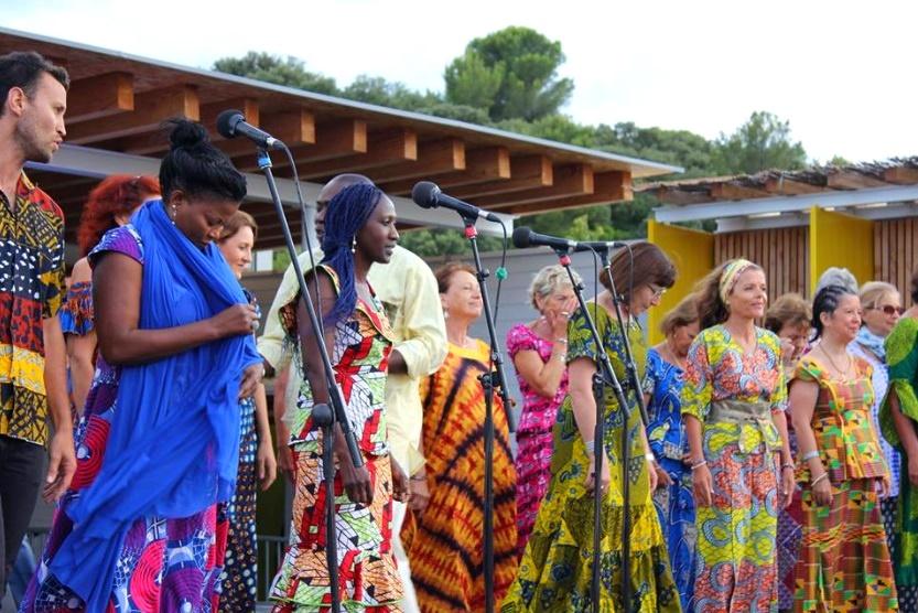 Le chœur sur scène