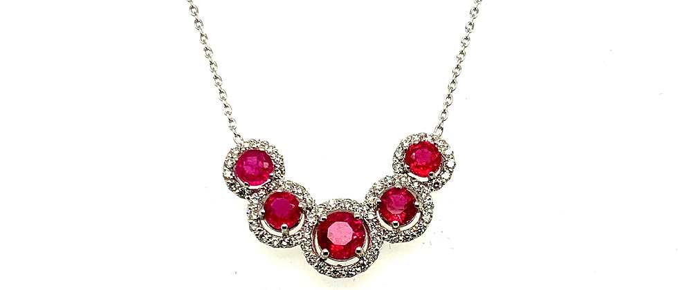 "18 kt ""Halo"" necklace with diamonds and ruby's"