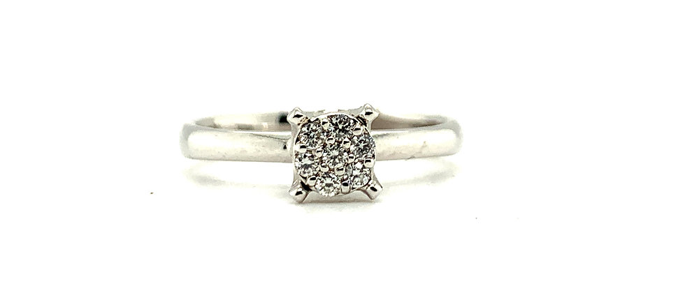 """18 KT """"SQUARE INVISIBLE SETTING"""" SOLITAIRE RING"""