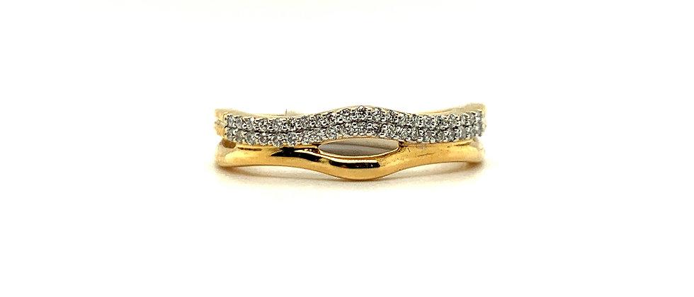 18 KT DIAMOND RING