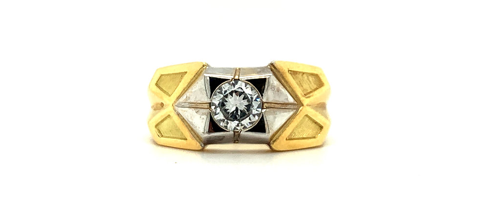 "18 KT MEN'S RING ""TRIANGLE"""
