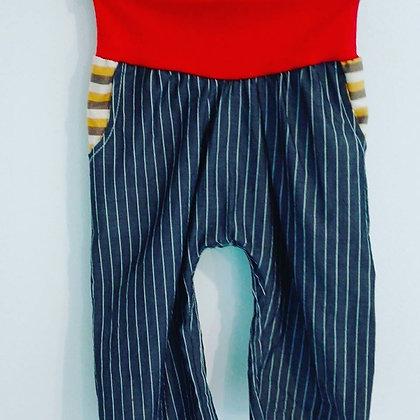Pantalón largo rayado