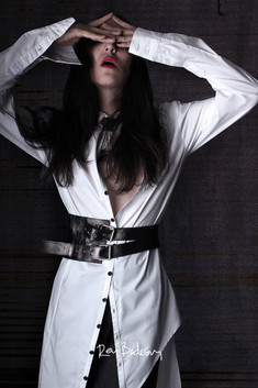 Photos: REY BADESAN/ Model: ANDREA CARRASCO/ Styling: PABLO SOLANO / Clothes: ARCHIVE JANNETTE KLEIN
