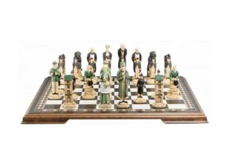 Studio Anne Carlton Sherlock Holmes Handpainted Chess Set Pieces