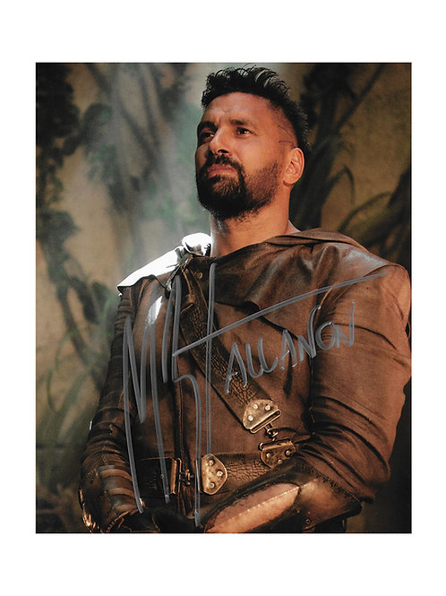 8x10 The Shannara Chronicles Print Signed by Manu Bennett