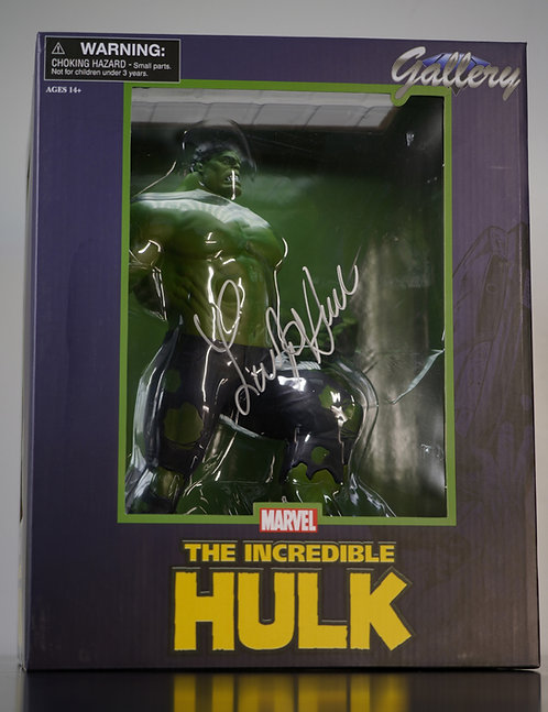 Diamond Incredible Hulk Statue Signed by Lou Ferrigno