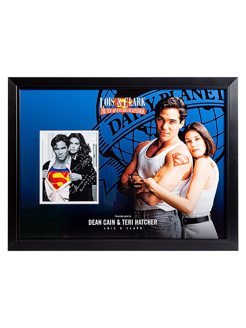 Lois and Clark Superman Framed Print Signed by Dean Cain and Teri Hatche