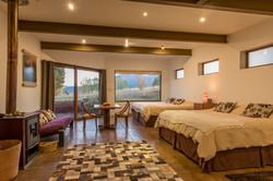 Patagonia-House-Chile-Luz-2-Junior-Suite-Beds-Web