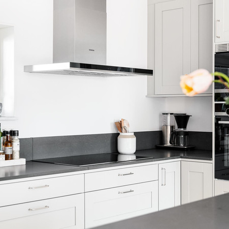 Köket med vitvaror