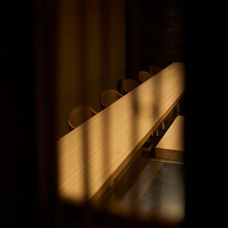 竹窓越しカウンター、吉野檜、7m