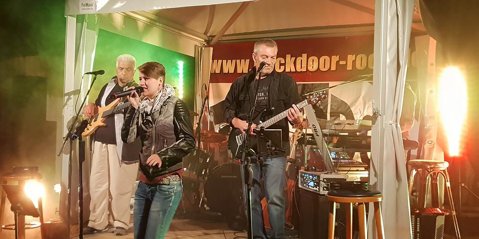 """Tage der offenen Weinkeller - mit """"Backdoor - Rock"""" Live"""