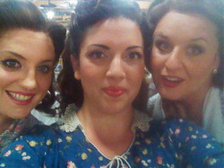 L'Elisir ladies@Glyndebourne 2011